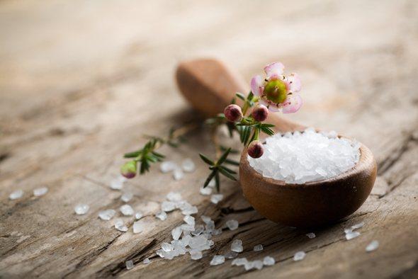 salt-on-wooden-spoon